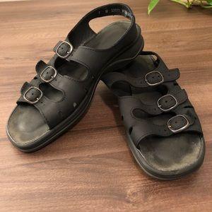 Clarks Springer Leather Adjustable Sandals 7